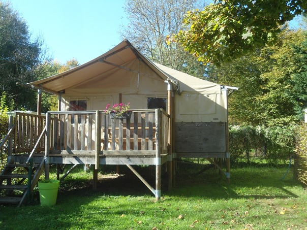 Camping Verte Rive Cromary - lodge Paillotte