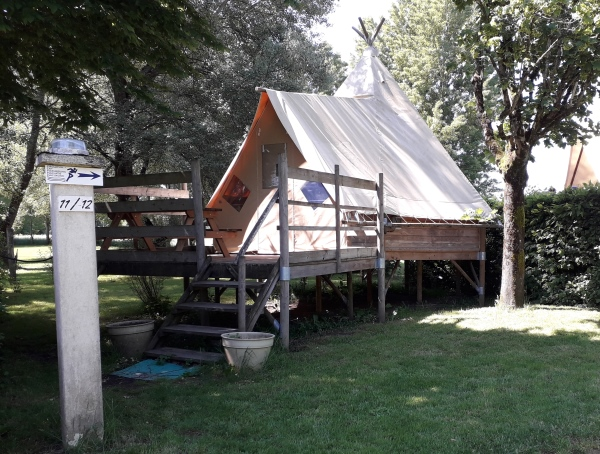 Camping Verte Rive Cromary - hébergements - location
