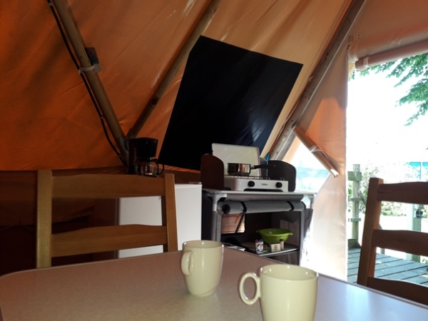 Camping Verte Rive Cromary - lodge Tipi